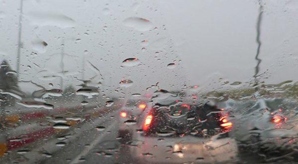 بارش باران و ترافیک نیمه سنگین در جادههای کشور - اجاره خودرو طباطبایی