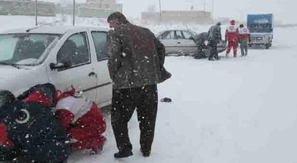 هلال احمر ابهر به 21 خودرو در راه مانده امدادرسانی کرد - اجاره خودرو طباطبایی