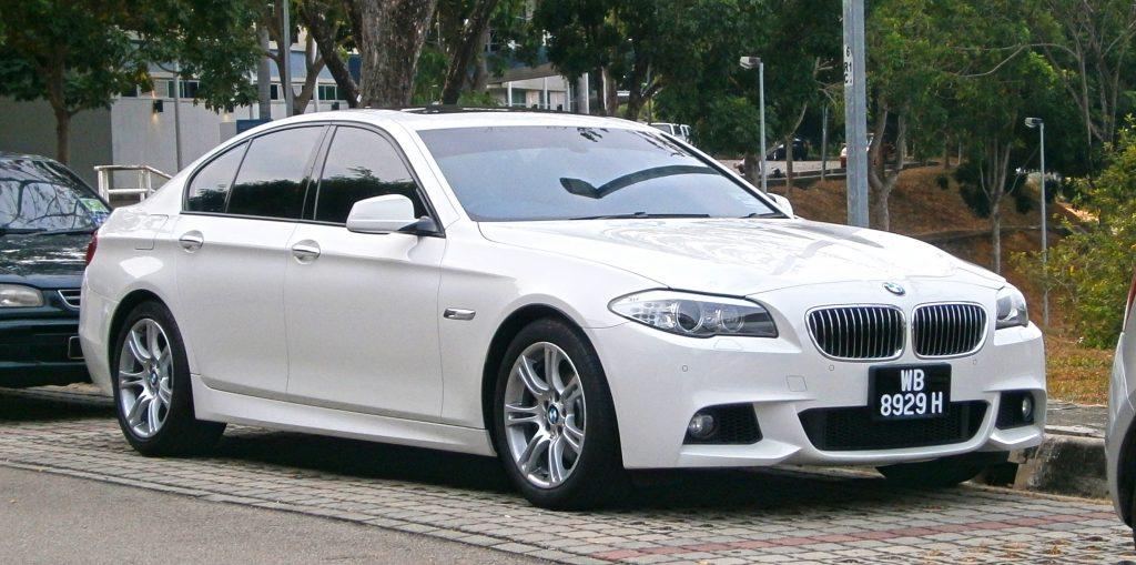 Rent BMW 528i in Tehran