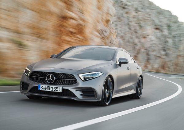 5a48c93347c3c Mercedes Benz CLS 2019 خلاص کردن خودرو در حین حرکت   اجاره ماشین