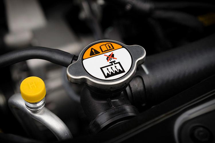 6b2a1377 72b4 43ca b027 fec0a8b6a4b3 روشهای حفظ و نگهداری خودرو   اجاره ماشین