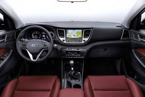 hyundai ix35 2016 1 300x200 هیوندای توسان مدل ۲۰۱۶   اجاره ماشین