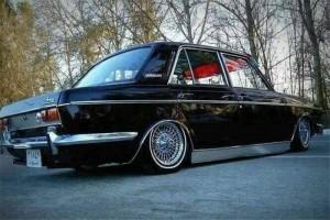 13940510123501671017763 300x200 سرگذشت خودروی محبوب جوانان دهه ۵۰   اجاره ماشین