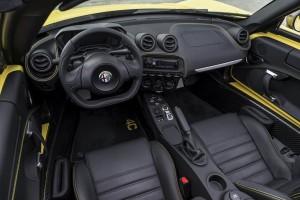 آلفا رومئو 4C اسپایدر مدل ۲۰۱۵