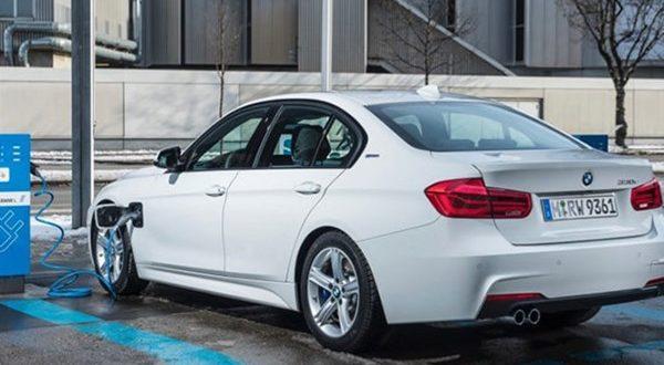 ورود ب  ام و به فاز دوم خودروهای الکتریکی با تولید X3 و مینی الکتریکی - اجاره خودرو طباطبایی