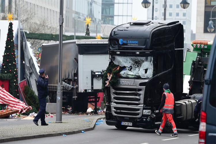 ترمزهای اتوماتیک عامل حفظ جان افراد در حمله تروریستی برلین