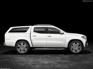 rent car 2017 07 19 21 43 58 300x225 رونمایی رسمی از پیکاپ مرسدس بنز X کلاس   اجاره ماشین