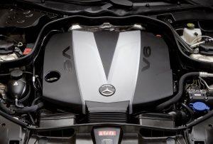 rent car 2017 07 25 22 07 54 300x202 فراخوان بزرگ خودروهای دیزلی مرسدس برای ارتقای نرمافزاری   اجاره ماشین