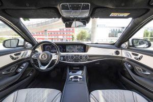 rent car 2017 08 05 22 53 25 300x200 جزئیات برنامههای رانندگی خودکار مرسدس   اجاره ماشین