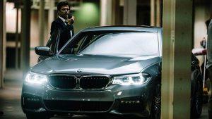 rent car 2017 08 09 05 00 16 300x169 تاریخچه فیلمهای بامو   اجاره ماشین