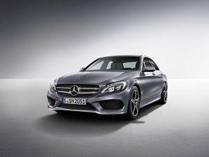 rent car 2017 08 19 23 45 48 300x225 جدیدترین تغییرات مرسدس C کلاس، GLC و GLC کوپه   اجاره ماشین