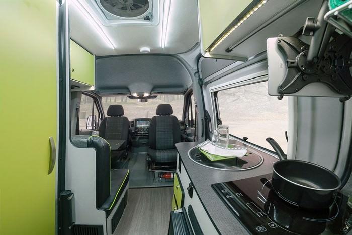 مرسدس بنز5 رونمایی مرسدس بنز اسپرینتر ریوال با سیستم دو دیفرانسیل   اجاره ماشین