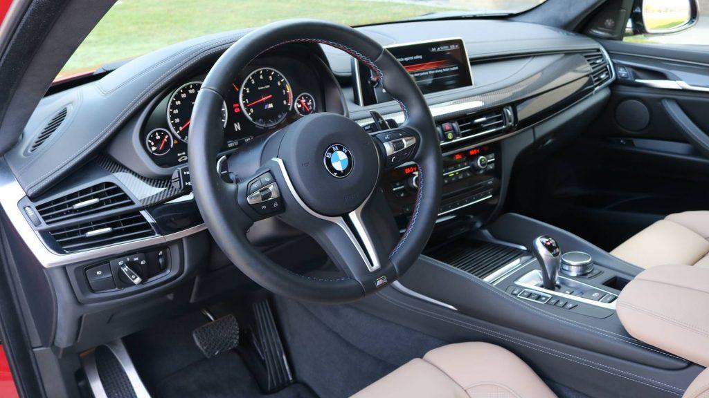 car rent bmw m6 5 1024x576 بیاموایکس۶ام بررسی ومشخصات فنی این خودرو   اجاره ماشین