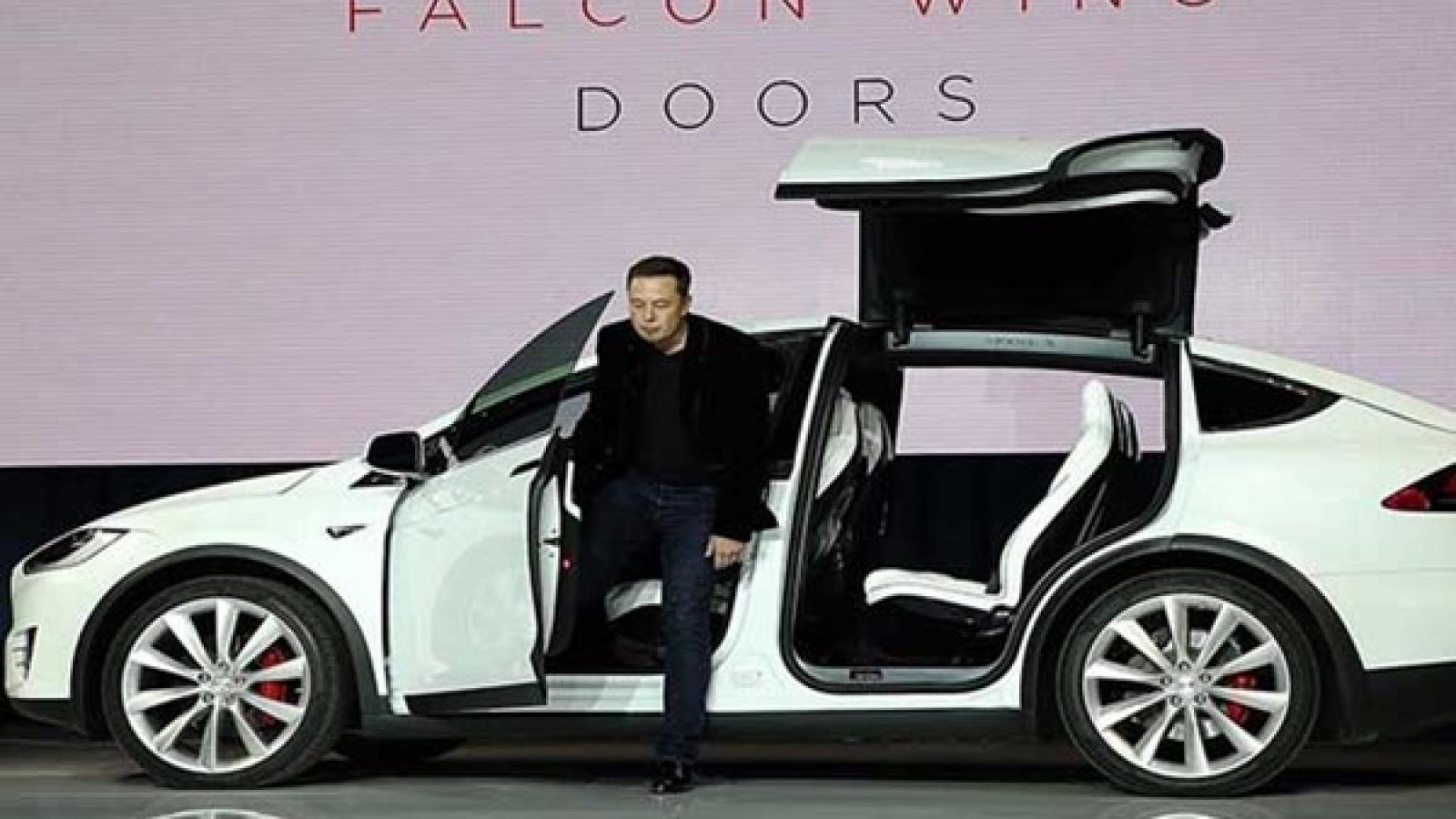 ایلان ماسک از کار روی یک برنامهی محرمانه خبر داد - اجاره خودرو طباطبایی