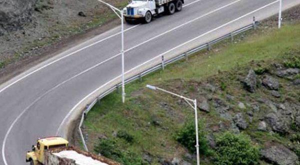 لزوم ایجاد محدودیت زمانی برای تردد انواع کامیون و کشنده - اجاره خودرو طباطبایی