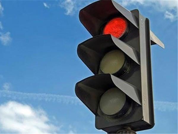 نصب چراغ های راهنمایی در ورودی مدارس منطقه 3 - اجاره خودرو طباطبایی