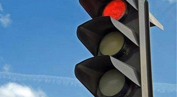 رفع نقص و پاکسازی چراغ های راهنمایی و تجهیزات ITS ایستگاه های اتوبوس - اجاره خودرو طباطبایی