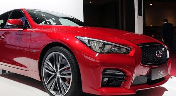 اینفینیتی 2017 Q50 با تغییرات جزئی در نمایشگاه خودرو پاریس رونمایی شد - اجاره خودرو طباطبایی