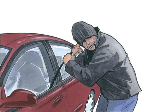 دستگیری سارقان لوازم داخل خودرو با هشت فقره سرقت در رشت - اجاره خودرو طباطبایی