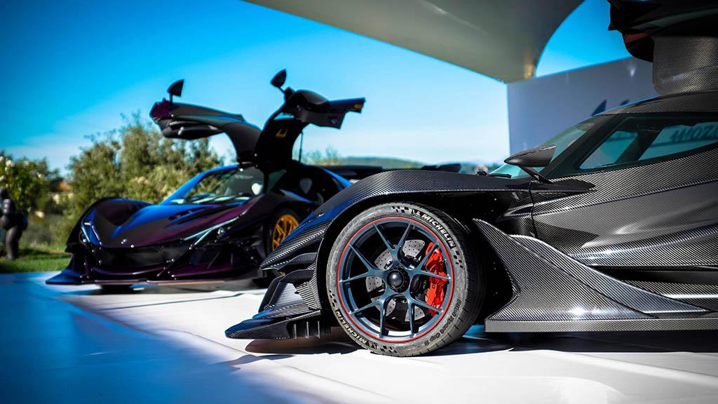2018 apollo intensa emozione 12 1 هیولای جدید صنعت خودرو، آپولو اینتنزا Emozione   اجاره ماشین