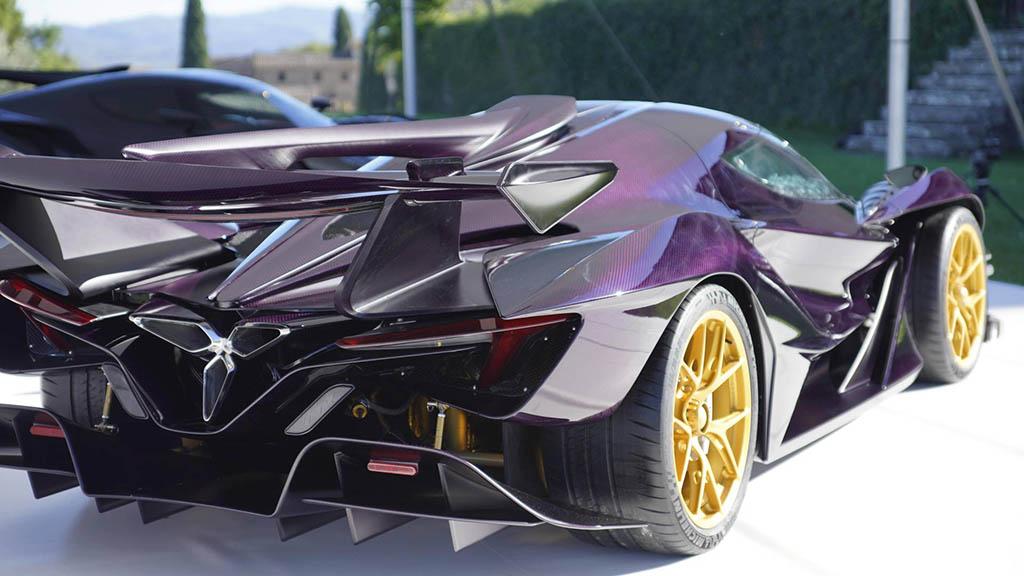 2018 apollo intensa emozione 7 1 هیولای جدید صنعت خودرو، آپولو اینتنزا Emozione   اجاره ماشین