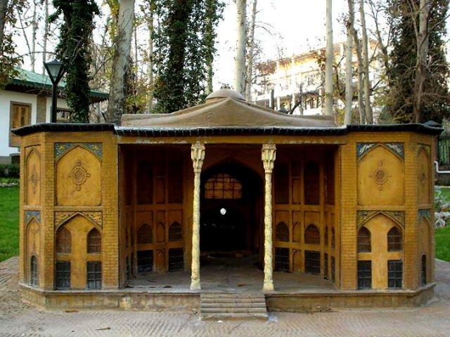 Car rental Garden Iranian Museum 2 اجاره خودرو برای باغ موزه هنر ایرانی   اجاره ماشین