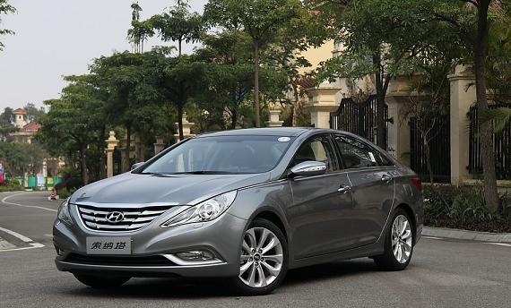Car rental Sonata New YF 3 اجاره ماشین سوناتا نیو YF   اجاره ماشین