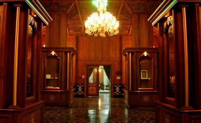 کتابخانه و موزه ملی ملک تهران اجاره خودرو-اجاره ماشین -اجاره خودرو