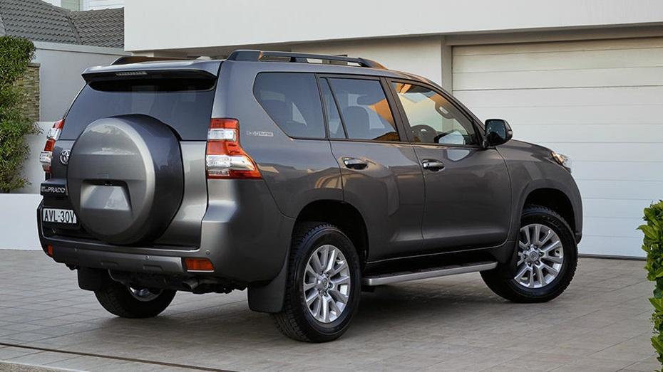 New Toyota Prado Car Rental 2 اجاره ماشین تویوتا پرادو نیو   اجاره ماشین