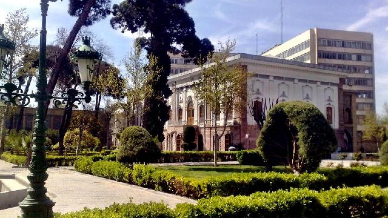 موزه مردم شناسی تهران-اجاره خودرو -اجاره ماشین