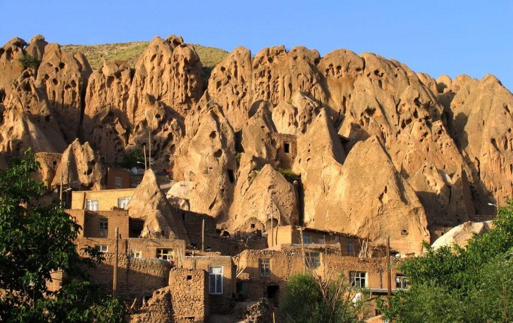 خانه های کله قندی روستای کندوان تبریز - اجاره خودرو بدون راننده طباطبایی