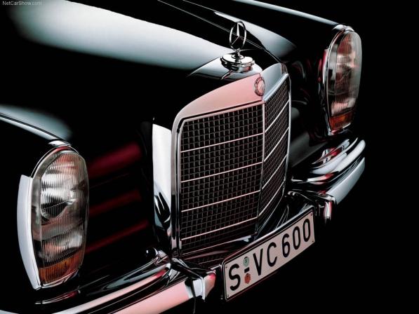مرسدس بنز 600، تندیسی از سالهای دور - اجاره خودرو