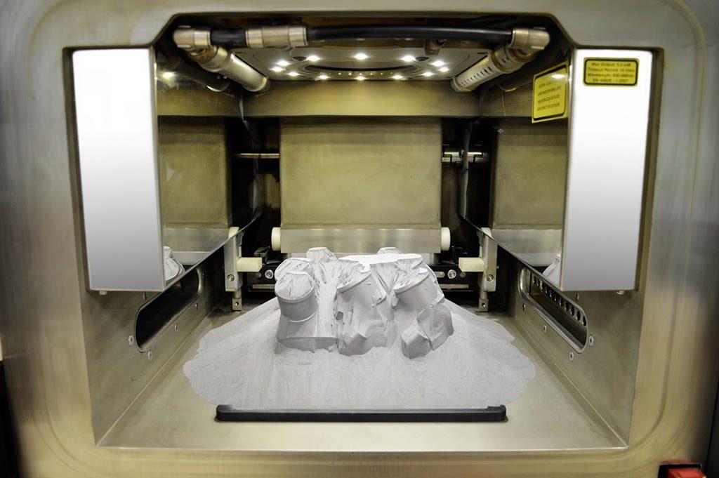اولین پرینت سهبعدی فلزی توسط مرسدس بنز - اجاره خودرو