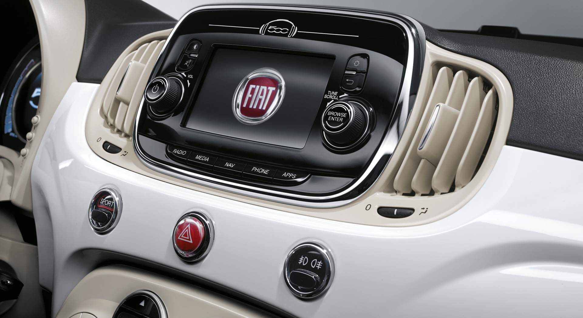 434b131e 0956 4d9a b268 7d290fa415f5 فیات ۵۰۰ مشخصات فنی، قیمت و هر آنچه درباره آن باید بدانید   اجاره ماشین
