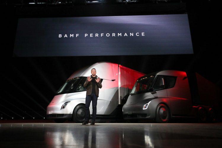 آیا کامیون خودکار Tesla عمل کرد بهتری از کامیون ها دیگر دارد؟