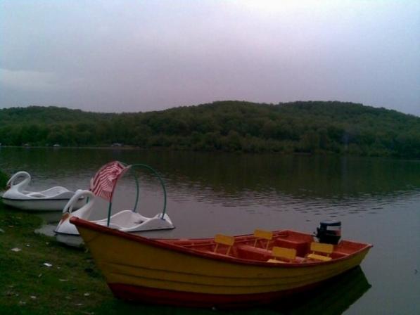 دریاچه سد سقالکسار - اجاره خودرو - اجاره ماشین
