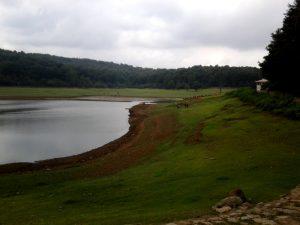 Car rental Lake Sahlxar Dam 5 300x225 هر آنچه درباره دریاچه سد سقالکسار باید بدانید   اجاره ماشین