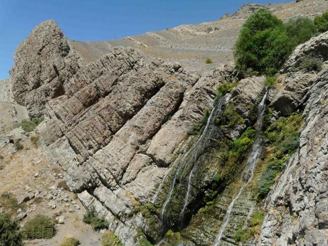 Rent Car Caspian Sea Caspian Waterfall Tehran 1 تاریخچه آبشار دوقلوی شیرپلا تهران   اجاره ماشین