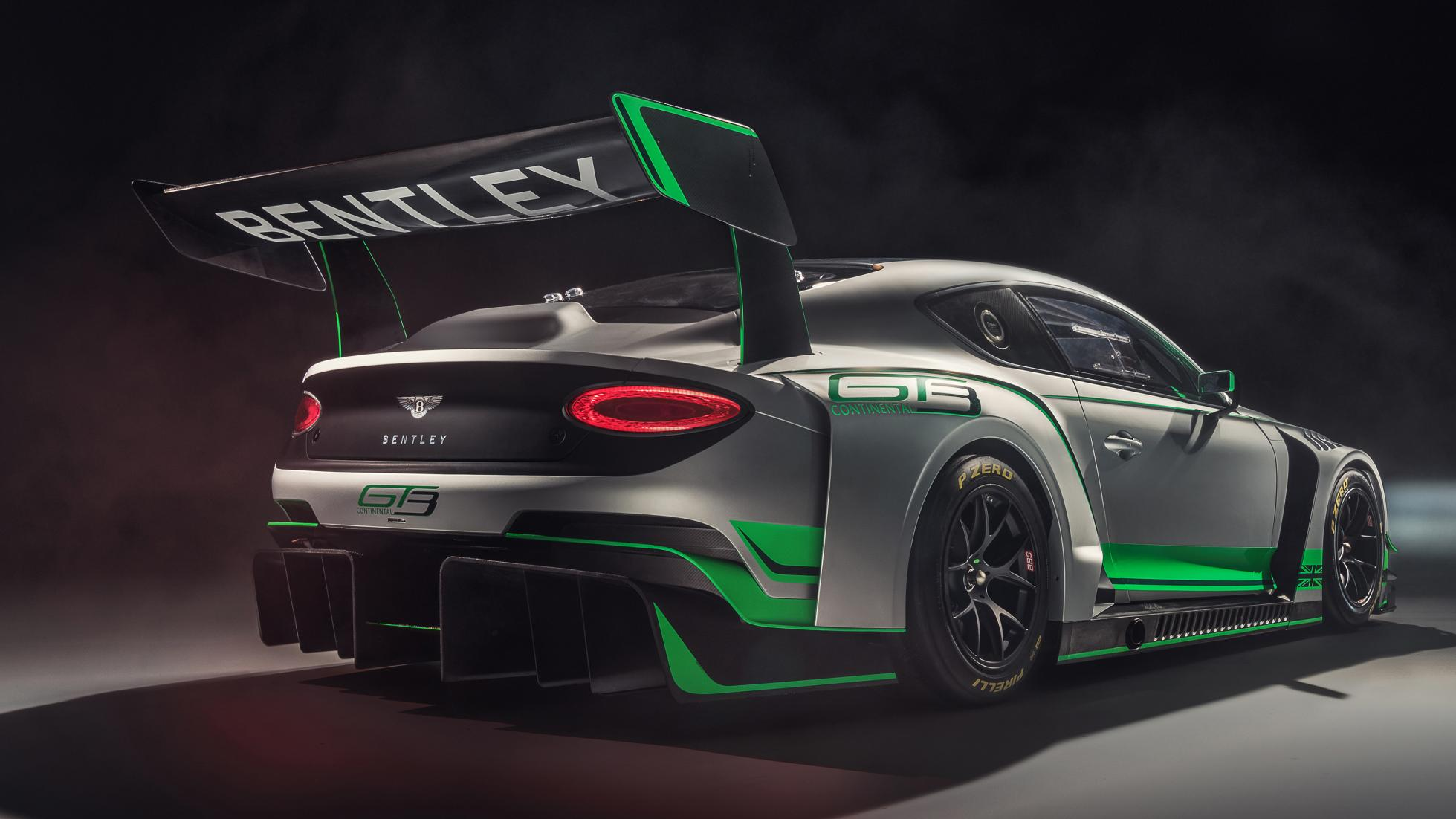 new bentley continental gt3   2 مشخصات نسخه مسابقهای کانتیننتال GT3   اجاره ماشین
