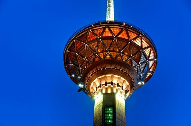 برج میلاد تهران - اجاره خودرو - اجاره ماشین