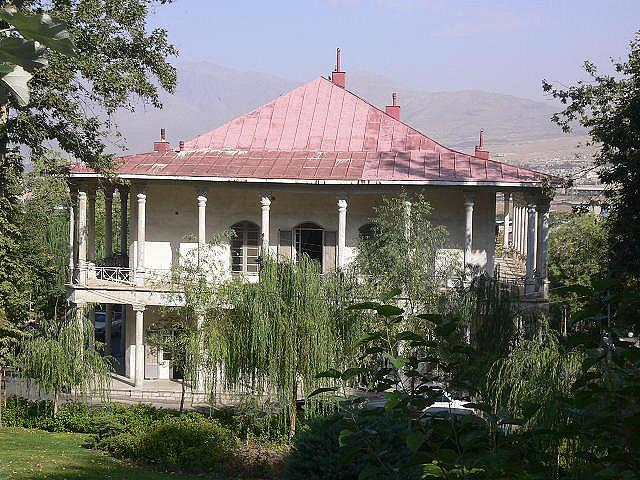 rent car Tehran rubys palace تاریخچه قصر یاقوت تهران   اجاره ماشین