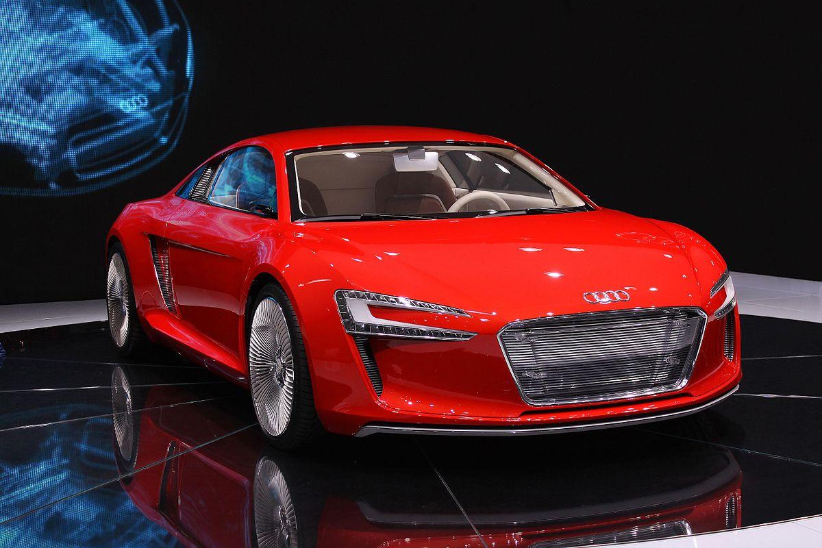 1200px Audi e tron (Edit1) ماشین های جدید ۲۰۱۸ : چه چیزی به زودی می آید؟   اجاره ماشین