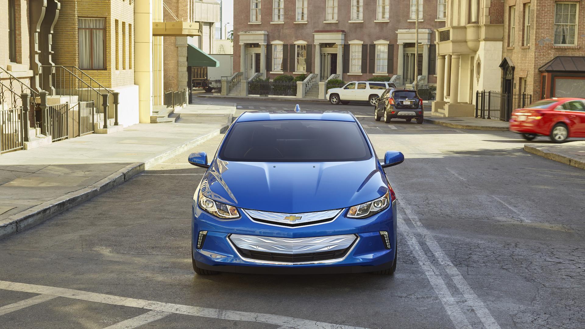 شورلت ولت - اجاره ماشین - اجاره خودرو - کرایه ماشین