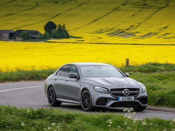 ماشین مورد علاقه سال 2017 - اجاره خودرو - اجاره ماشین - کرایه ماشین