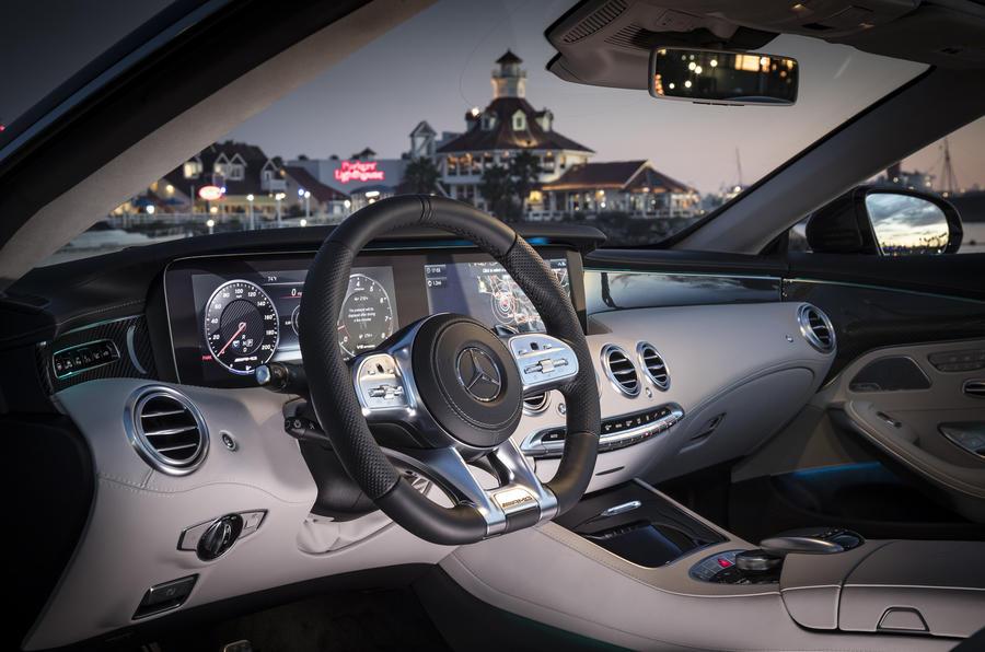 mercedes amg s63 cabriolet interior مرسدس بنز AMG S63 کروک ۲۰۱۷ بررسی و نقد   اجاره ماشین