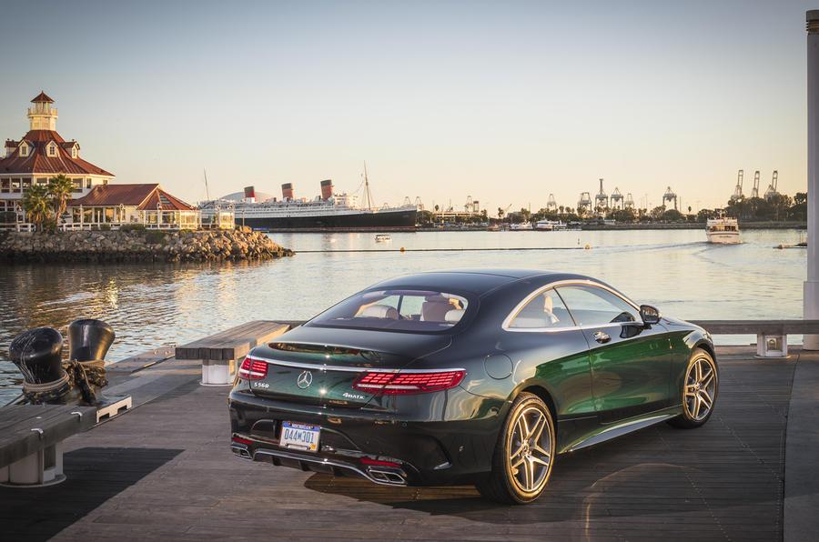 mercedes benz s560 rear quarter مرسدس بنز S560 کوپه ۲۰۱۷ نقد و بررسی   اجاره ماشین