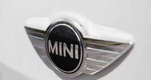 مینی مدرن موریس - اجاره ماشین - اجاره خودرو - کرایه ماشین