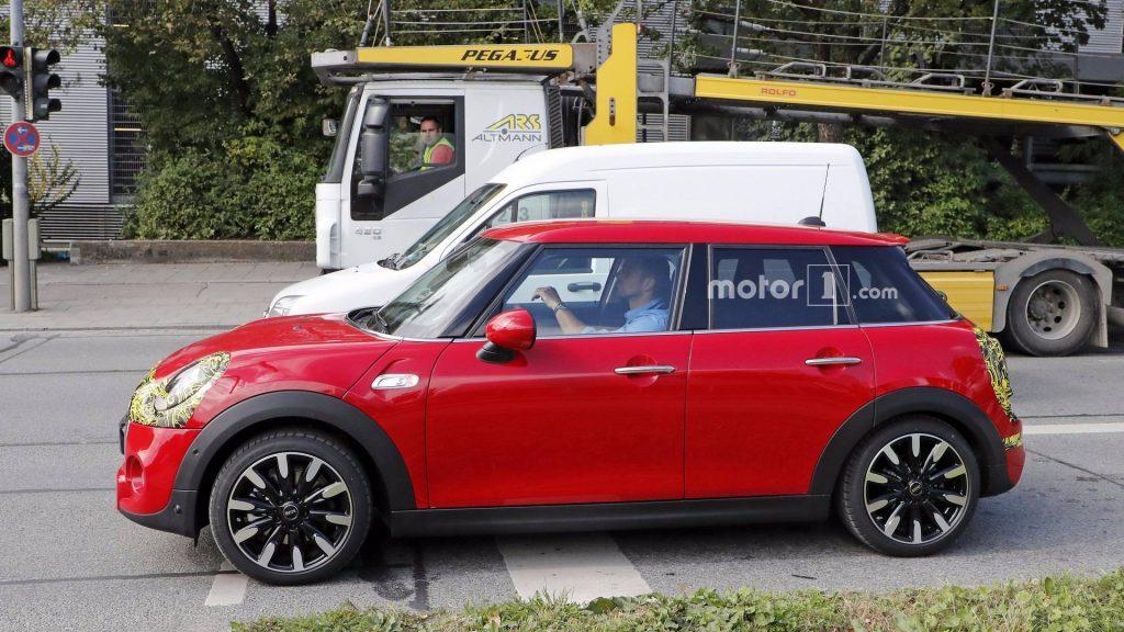 مینی Hardtop - اجاره ماشین - اجاره خودرو - کرایه ماشین
