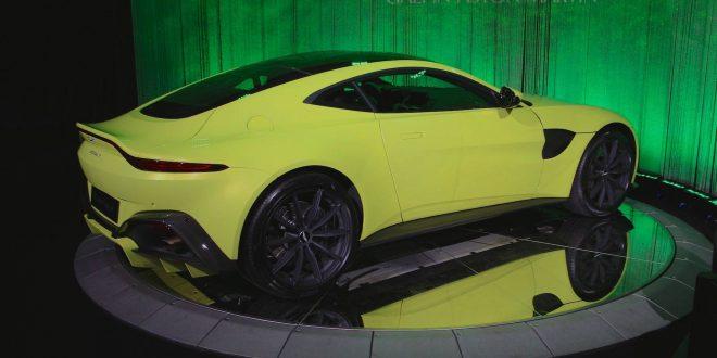 استون مارتین Vantage - اجاره ماشین - اجاره خودرو - کرایه ماشین