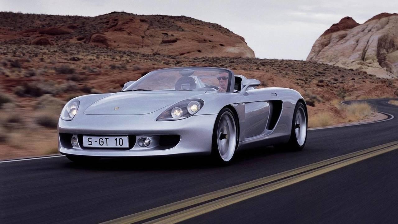 5a6ed44b64a43 2004 porsche carrera gt پورشه کاررا GT مدل ۲۰۰۴ نقد و بررسی   اجاره ماشین